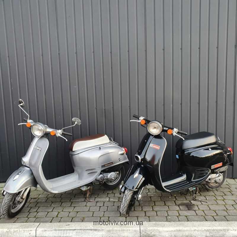 Honda Giorno AF24 японський ретро скутер б/у купити за низькими цінами у Львові.